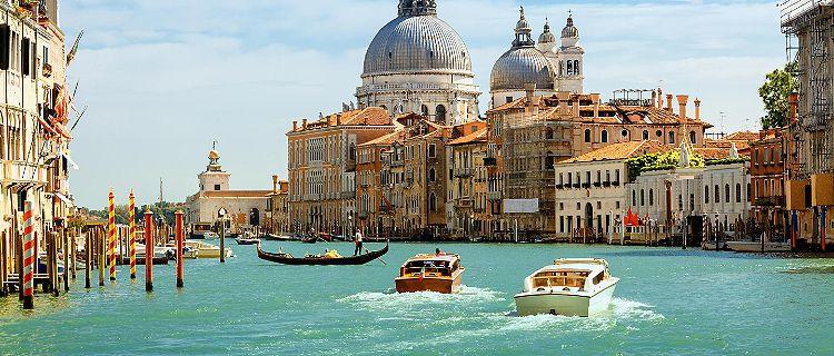 Venis italy romantic places